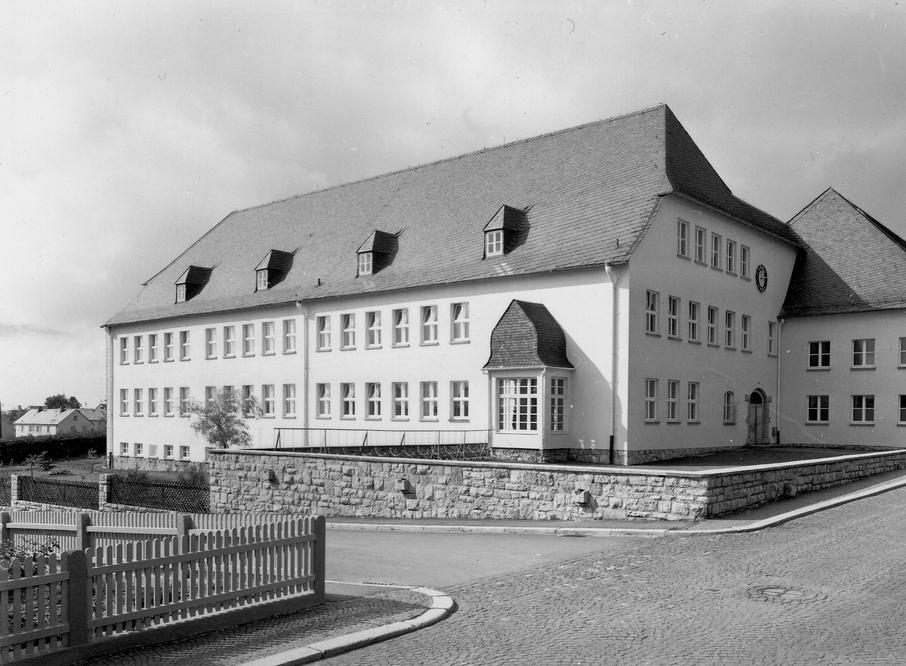 schwarzenbach-a-w-12